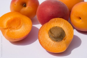 fruits-374750_640