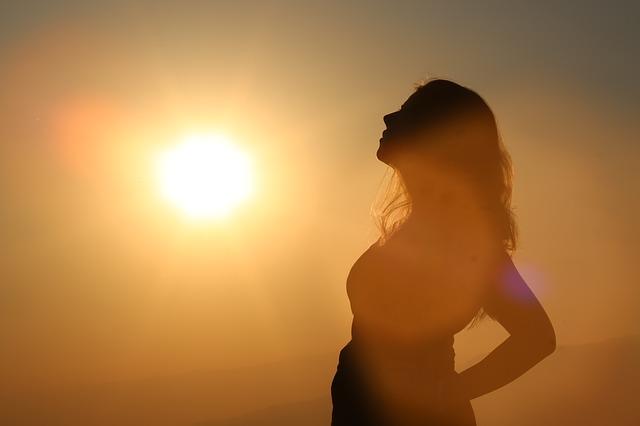 señora al sol